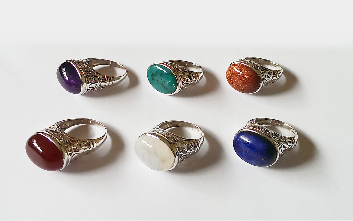 silver-rings-with-stones